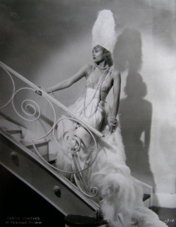 via: http://carolelombard.org/gallery/displayimage.php?album=19&pos=10