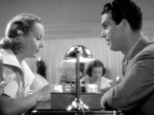 via: https://theblondeatthefilm.com/2013/12/02/hands-across-the-table-1935/