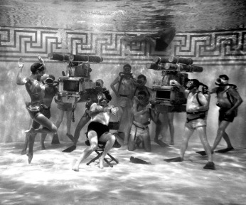 via: http://www.oscars.org/events-exhibitions/features/musicals/part2.html Filming Jupiter's Darling (1955)