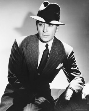 via: http://classicmoviechat.com/tag/george-raft/