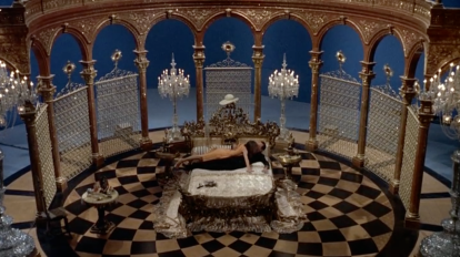 Paris When It Sizzles Hepburn Holden bed