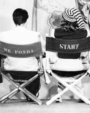 via: http://mariedeflor.tumblr.com/post/56787112155/barbara-stanwyck-and-henry-fonda-photographed-on