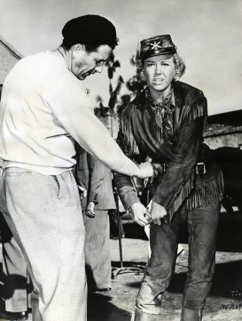 via: http://classiccinemaimages.com/doris-day/doris-day-on-the-set-of-calamity-jane-1953/
