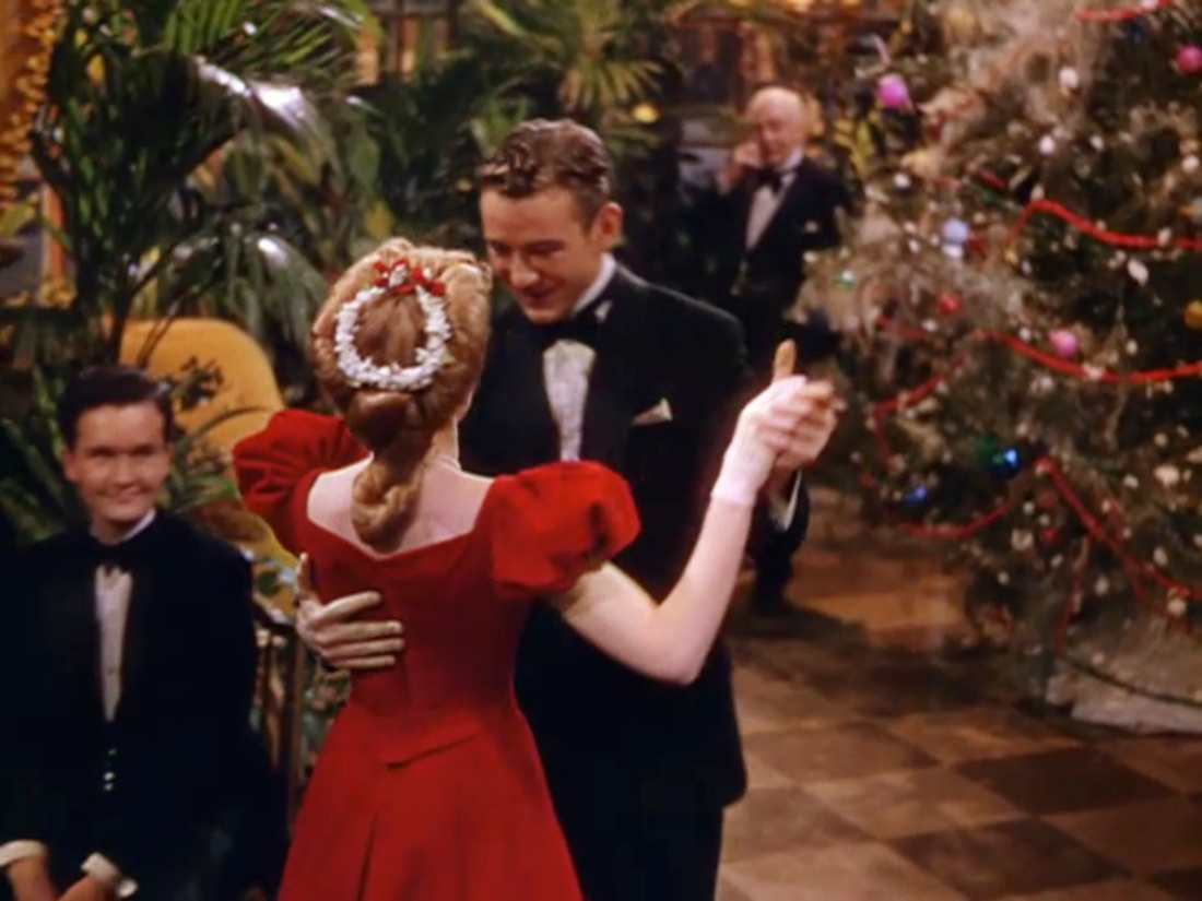 Great Classic Films: Christmas – The Blonde at the Film