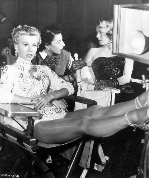 white christmas 1954 � the blonde at the film