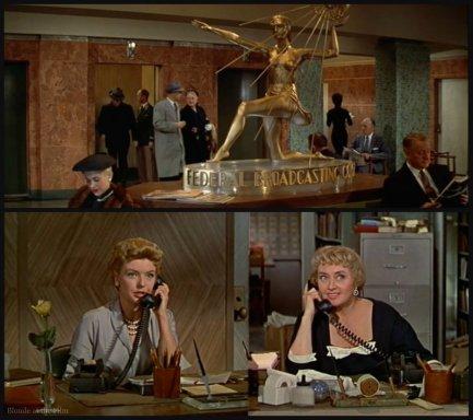 Desk Set Blondell phone