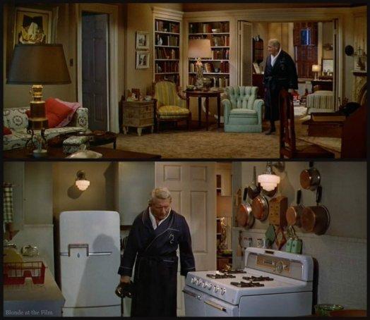 Desk Set Tracy apartment