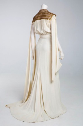 via: http://fripperiesandfobs.tumblr.com/post/106960450655/costume-designed-by-dolly-tree-for-myrna-loy-in-i