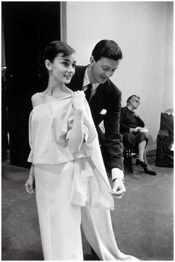 via: http://www.chaos-mag.com/designer-muse-audrey-hepburn-inspired-designs-hubert-de-givenchy/