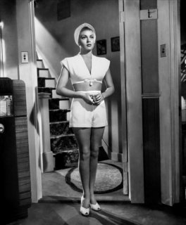 The Postman Always Rings Twice via: http://theredlist.com/wiki-2-24-525-526-653-view-1940s-profile-lana-turner.html