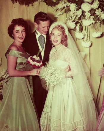 Powell, Steffen, and bridesmaid Elizabeth Taylor via: http://themelodylingerson.tumblr.com/post/5102447854/pinklioness-elizabeth-taylor-at-jane-powells?&cuid=a9a69e0d4851a533a71fe731c1ddcbc4