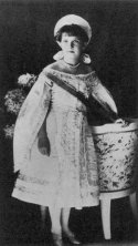 via: https://en.wikipedia.org/wiki/Grand_Duchess_Anastasia_Nikolaevna_of_Russia