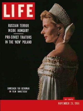 via: http://www.lazygirls.info/Ingrid_Bergman/Life_Magazine_United_States_26_November_1956_owaNWYy
