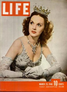via: https://books.google.com/books?id=iEgEAAAAMBAJ&printsec=frontcover&dq=Life+magazine+1946&hl=en&sa=X&ved=0CB8Q6AEwATgeahUKEwiMwvS58bLIAhUFkA0KHdILAh4#v=onepage&q&f=false