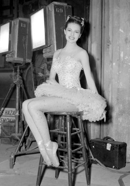 Charisse on set via: http://warnerarchive.tumblr.com/post/55275002458/cyd-charisse-in-ziegfeld-follies-1945-available