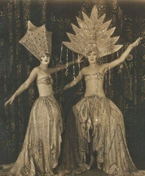 These kind of costumes were the norm in the Follies via: http://www.vintag.es/2014/10/vintage-ziegfeld-follies-and-folies.html