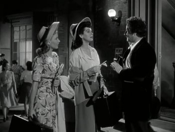 My Sister Eileen: Rosalind Russell and Janet Blair
