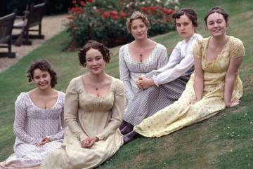 via: http://www.silverpetticoatreview.com/2015/09/24/pride-and-prejudice-1995-a-20th-anniversary-review/