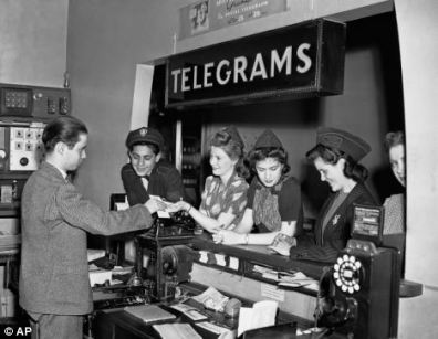 A telegram office in New York in 1942 via: http://www.dailymail.co.uk/news/article-2052728/Transcontinental-telegraph-150th-anniversary-worlds-1st-social-network.html