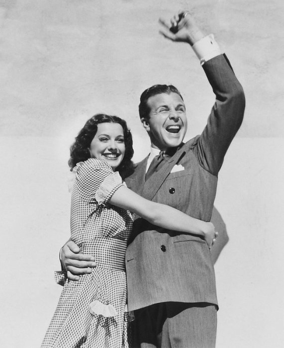 Christmas in July: Dick Powell and Ellen Drew