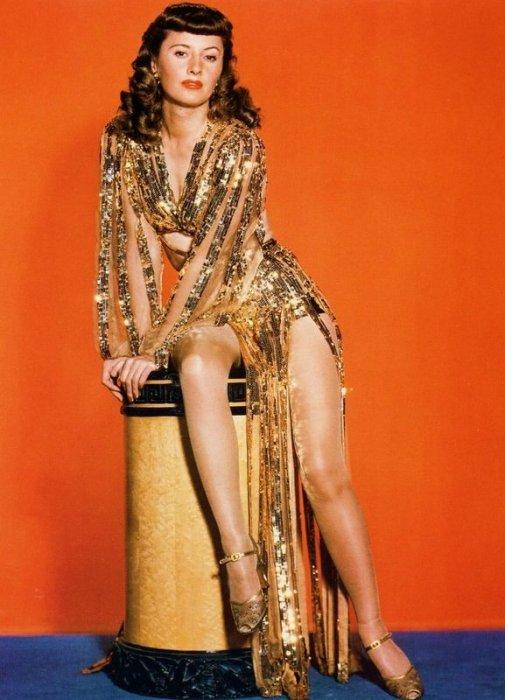 Ball of Fire: Barbara Stanwyck